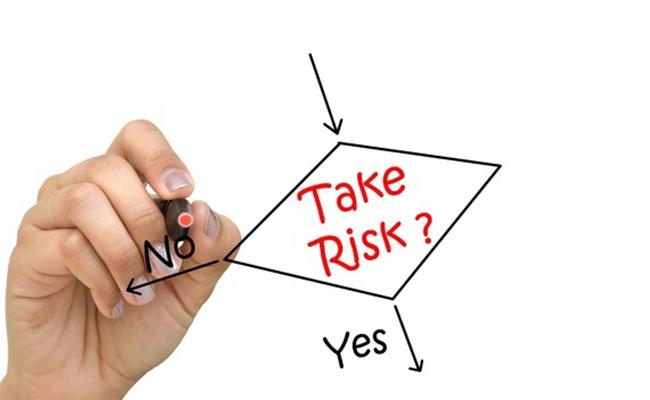 neem minimaal 1 risico per dag